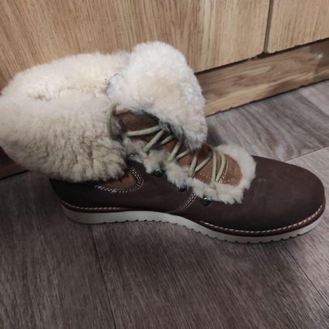 Зимние ботинки  продам