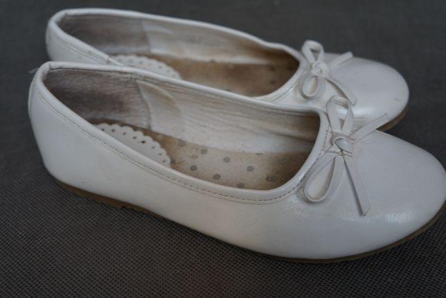 Białe baleriny komunia - 32