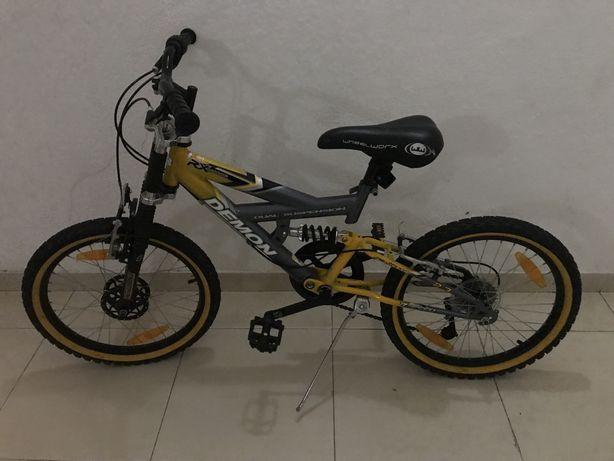Bicicleta wheelworx roda 18