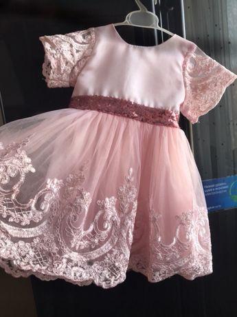 Срочно!Продам красивое стильное платье на девочку принцессу