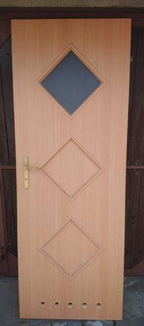 Drzwi łazienkowe 70 prawe