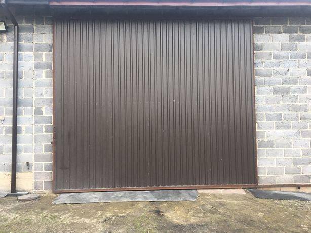 Brama garażowa duża