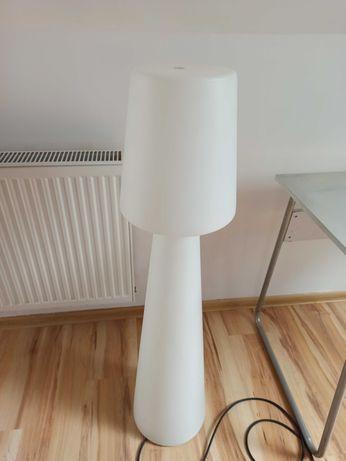 Lampa do ogrodu i domu