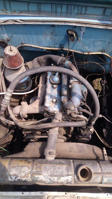 Мотор з коробкою МТЗ 240