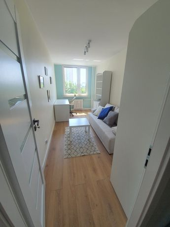 Pokój do wynajęcia w mieszkaniu 3 pokojowym