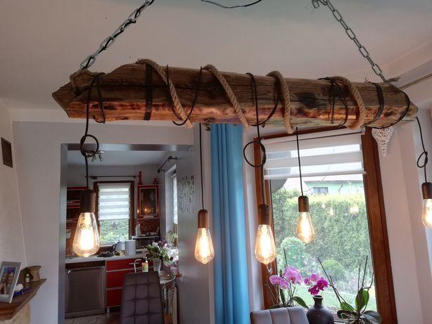 Lampa idustralna wykonana ze starej belki