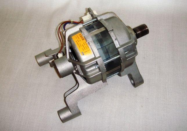 Мотор электромотор стиральной машины Ariston электродвигатель
