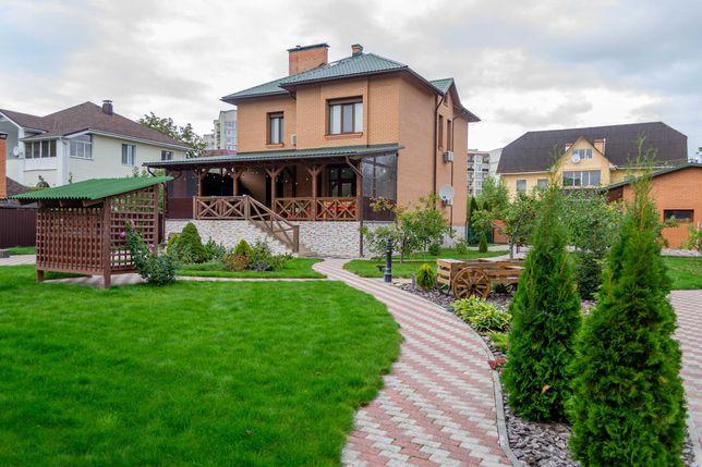 Отличный дом с большим зеленым участком с. Чайки