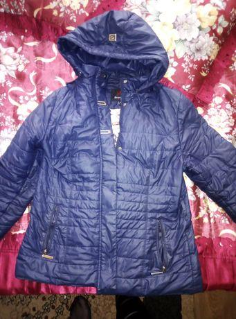 Продам куртку весна-осень