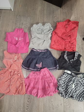 Zestaw ubranek dla dziewczynki 110-116