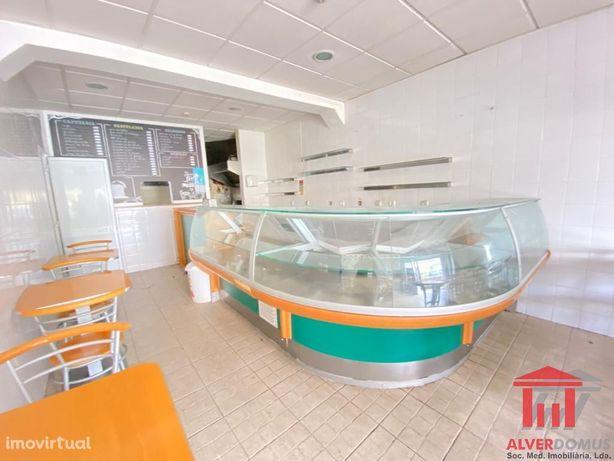 Café/Restaurante Equipado