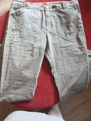 Śliczne spodnie, w sam raz na lato..Lekki i przyjemny materiał. POLECA