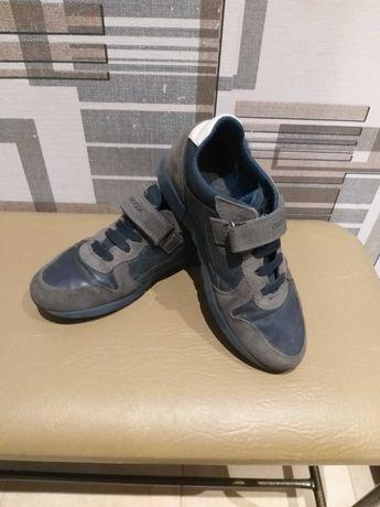 Обувь для мальчика 34-35р