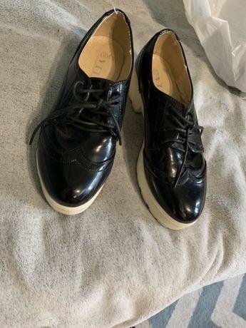 Обувь женская лаковая