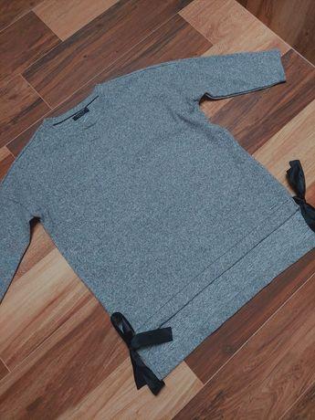 Sweter z filcowanej dzianiny z kokardkami Mohito M