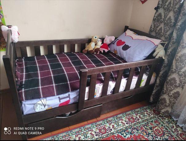 Детская, подрастковая кровать из дерева от производителя