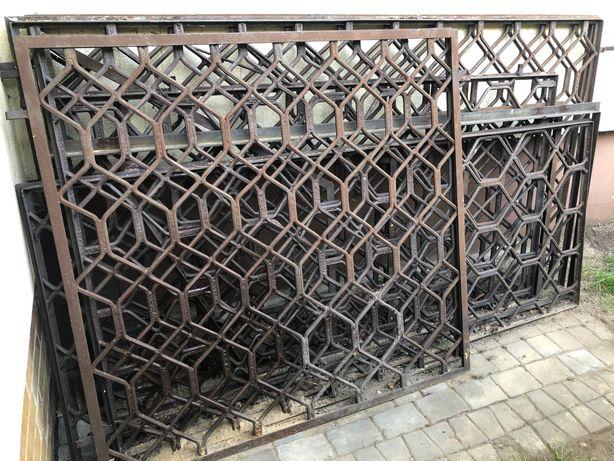 Kraty okienne na okna żeliwne metalowe komplet masywne solidne