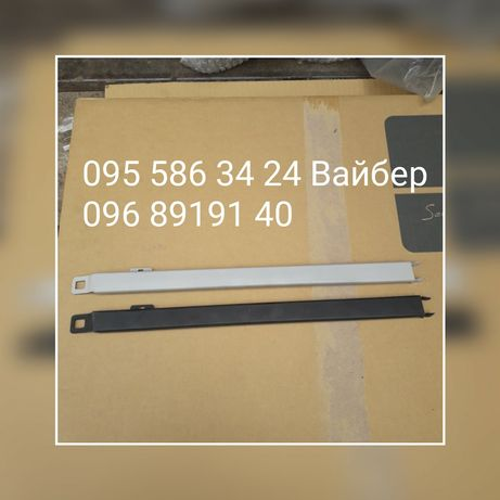 Накладка кронштейн фары под фару фара Мерседес Mersedes 190 E W201