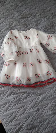 Sukienki dla bliźniaczek r .80