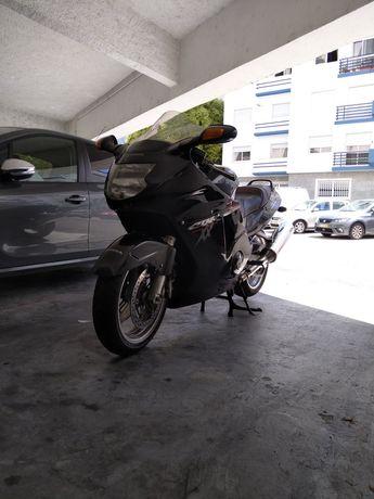 Vendo Honda CBR 1100XX