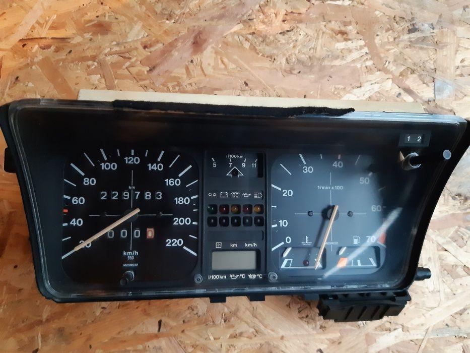 Zegary, licznik, prędkościomierz VW Golf mk1 Twardogóra - image 1