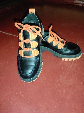 Продам кроссовки-туфли