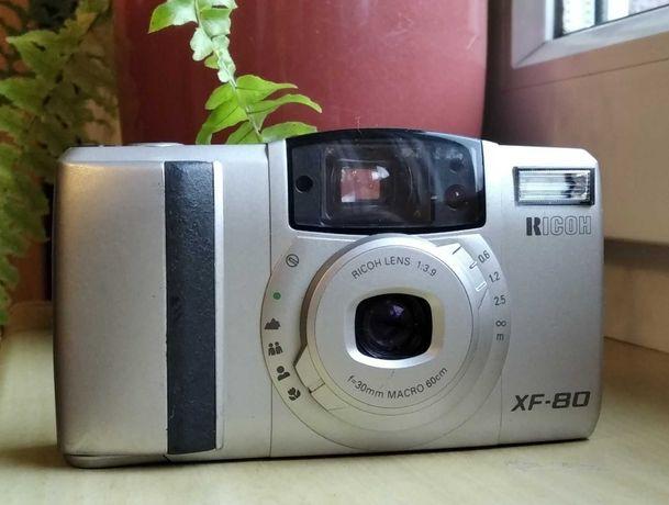 Analogowy aparat fotograficzny Ricoh XF-80