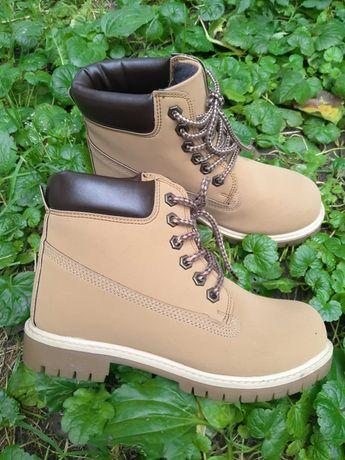 Класні осінні ботиночки Lc waikiki 36р.