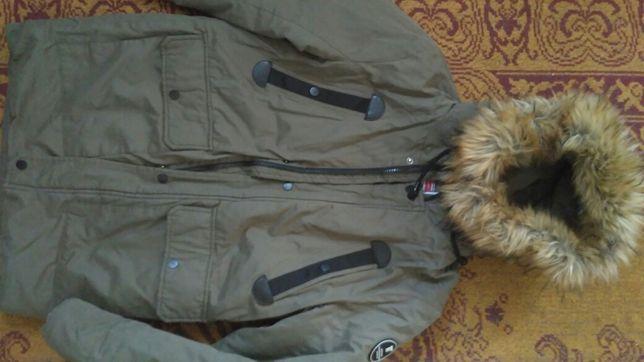 Куртка зимняя хорошего качества
