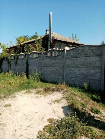 Отличный добротный домик в центре поселка