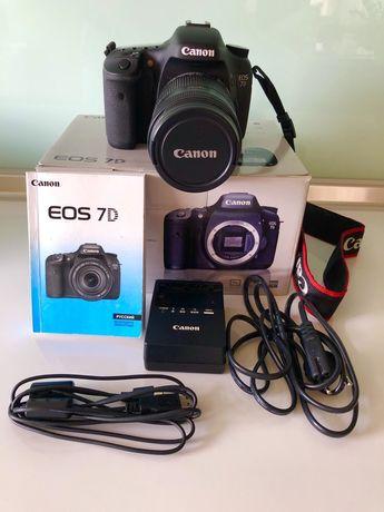 Фотоаппарат Canon 7D.