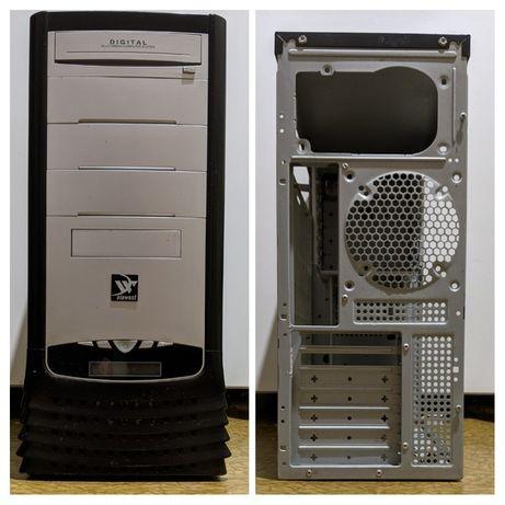 Компьютерный корпус в отличном состоянии (Цена за два)