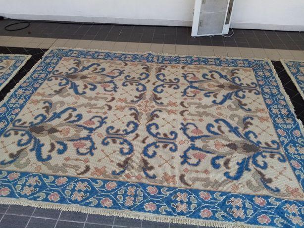 Carpete de Arraiolos  2.50x1.96