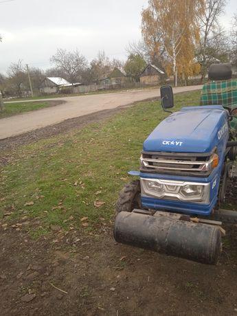 Продам трактор скаут