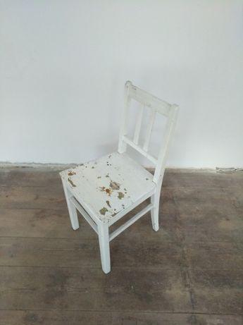 krzesło białe drewno vintage stare do renowacji