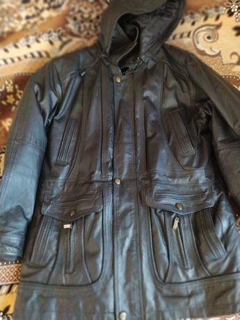 Кожаная куртка 52