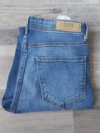 Spodnie Reserved rozm 36/Slim