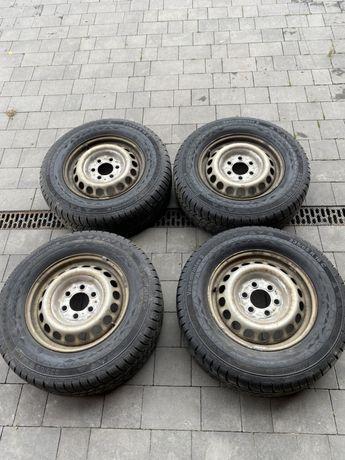 Зимові шини, диски спиинтер 906 235 65 16c