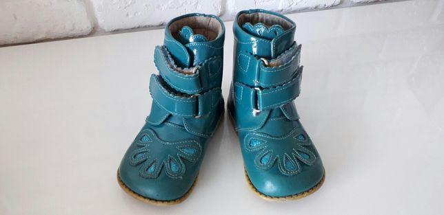 Демисезонные ботинки Livie&Luca, US 8, стелька14,7см(Chicco,Naturino)