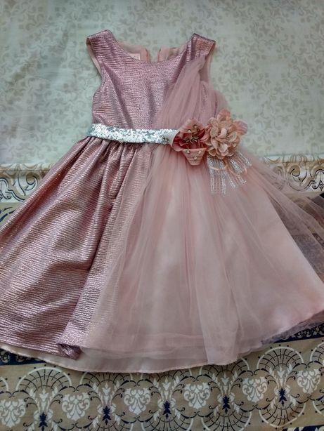 Нарядное, шикарное платье
