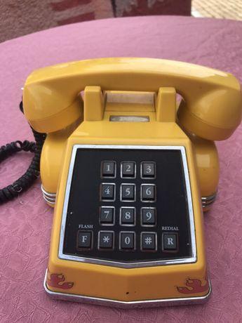 Telefon super duży żółty
