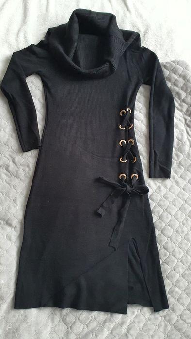 Czarna sukienka z luźnym golfem, roz.36, stan b.dobry Gliwice - image 1