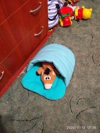Домик-тапок лежанка для кота.