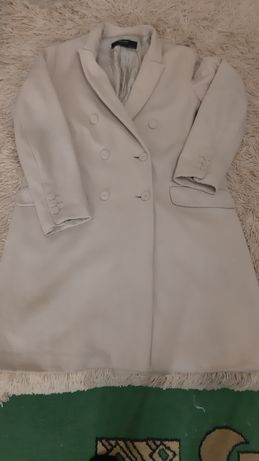Пальто кашемир,  бежевого оттенка