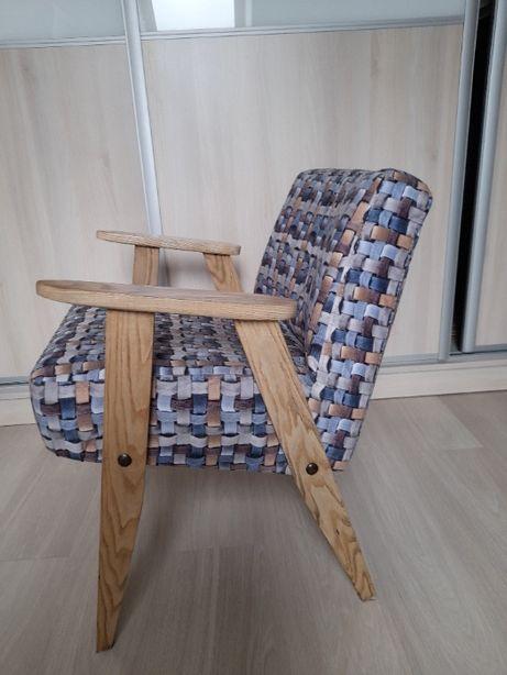 Fotel Chierowskiego - design PRL po renowacji