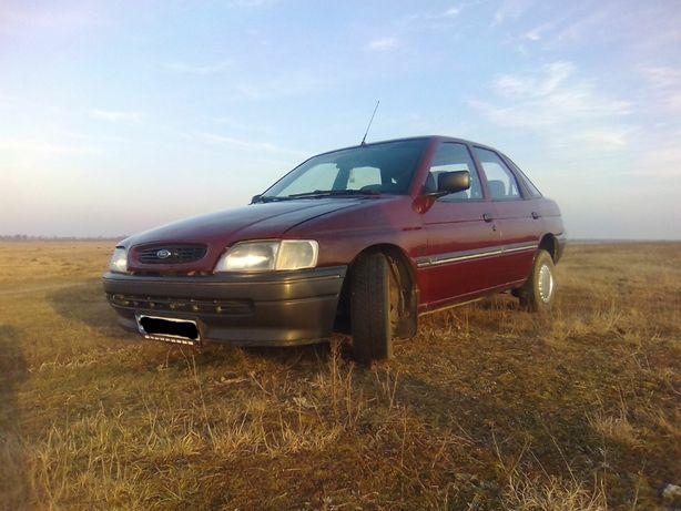 Продам авто Ford Escord 1995