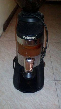 Vendo moinho de cafe como novo