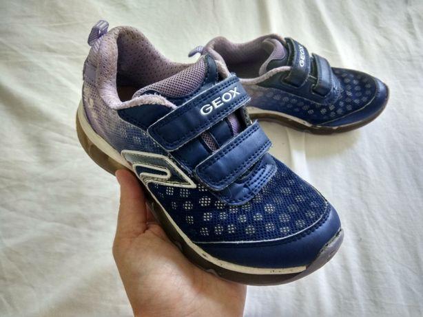 Светящиеся кроссовки Geox р. 30 (стелька 20 см)