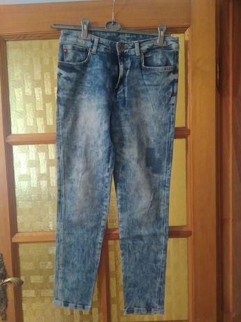 Damskie spodnie