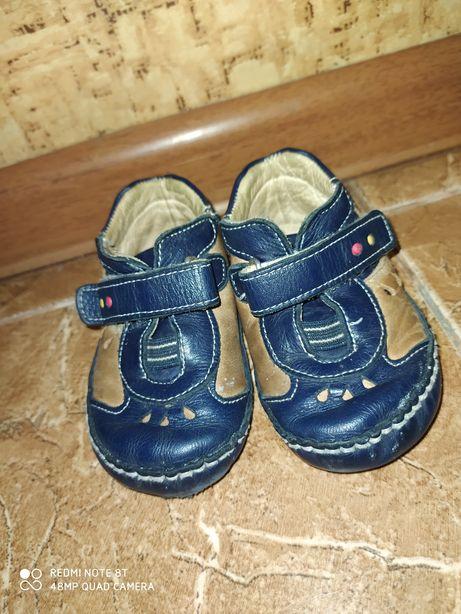 Пинетки - ботиночки на мальчика
